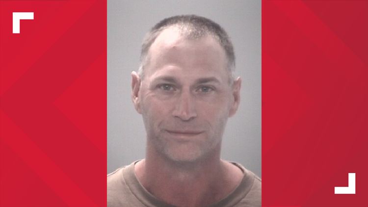 Deputies: Man arrested for stealing, selling boat parts from customers at Pasco County repair shop