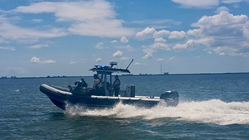 3 people rescued as boat capsizes in Old Tampa Bay