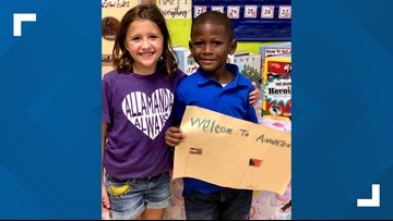 Florida second-grader welcomes new Bahamian classmate with homemade sign