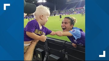Adorable photo of Orlando soccer player and 1-year-old boy will make you smile