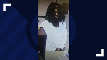 Pinellas Park police search for man suspected of bank robbery