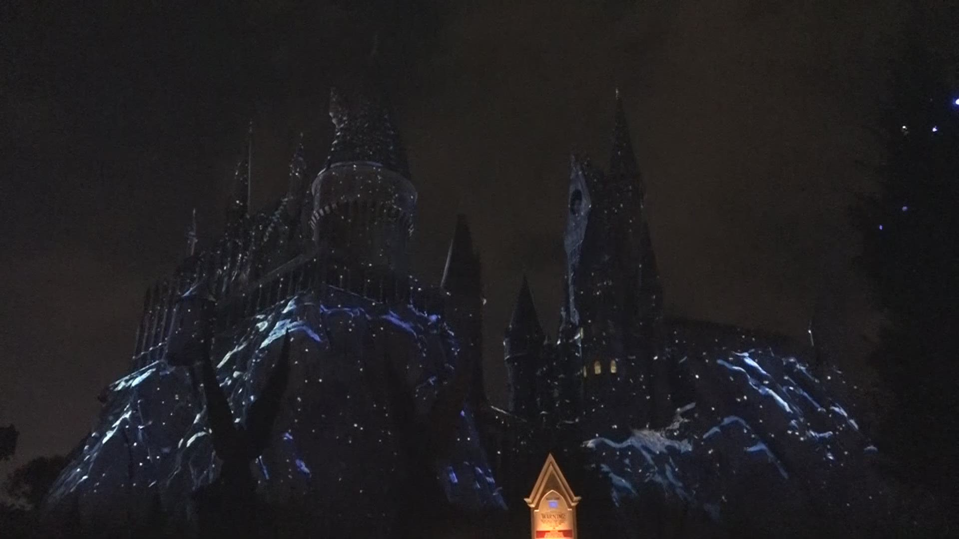 Holidays At Hogwarts Universal Orlando Previews Christmas In The Wizarding World Of Harry Potter Wtsp Com