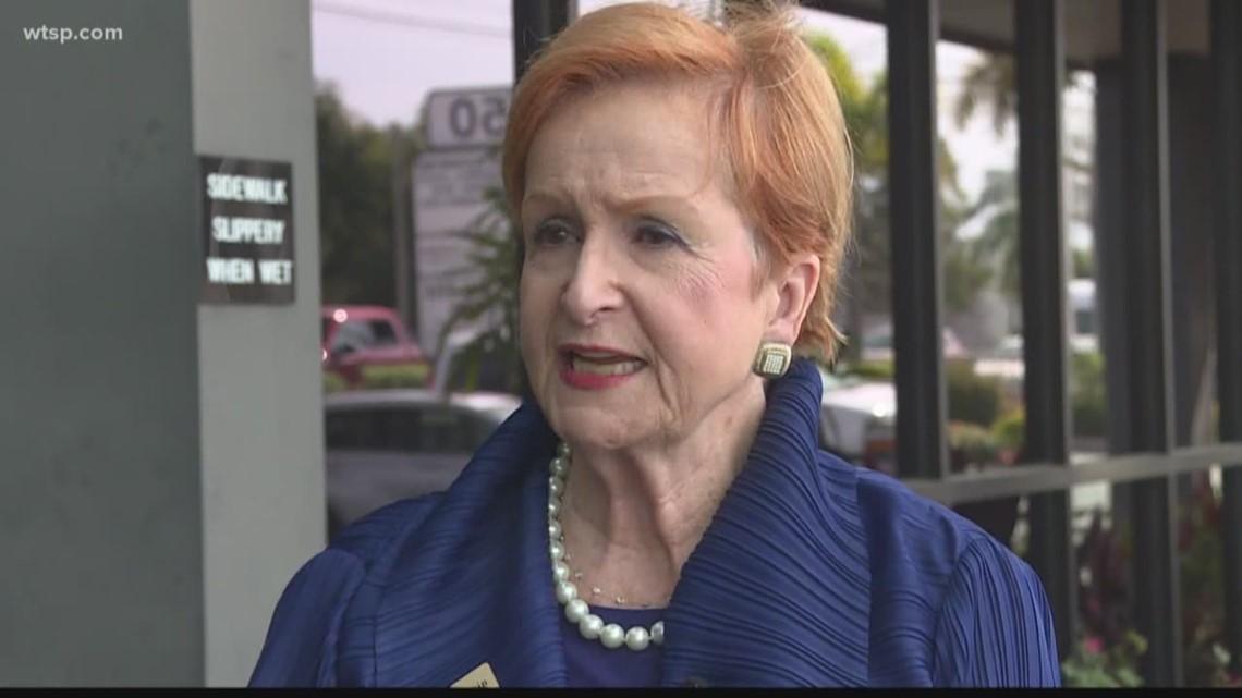 Sarasota teachers union: Superintendent contract plays politics with taxpayer money