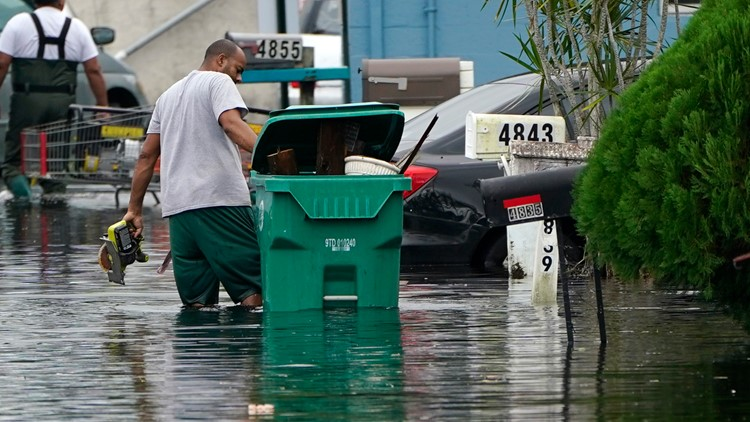 More than a third of Florida's roads are at risk of flooding, new report finds