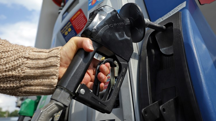 AAA: Florida gas prices surpass $3 a gallon for second week