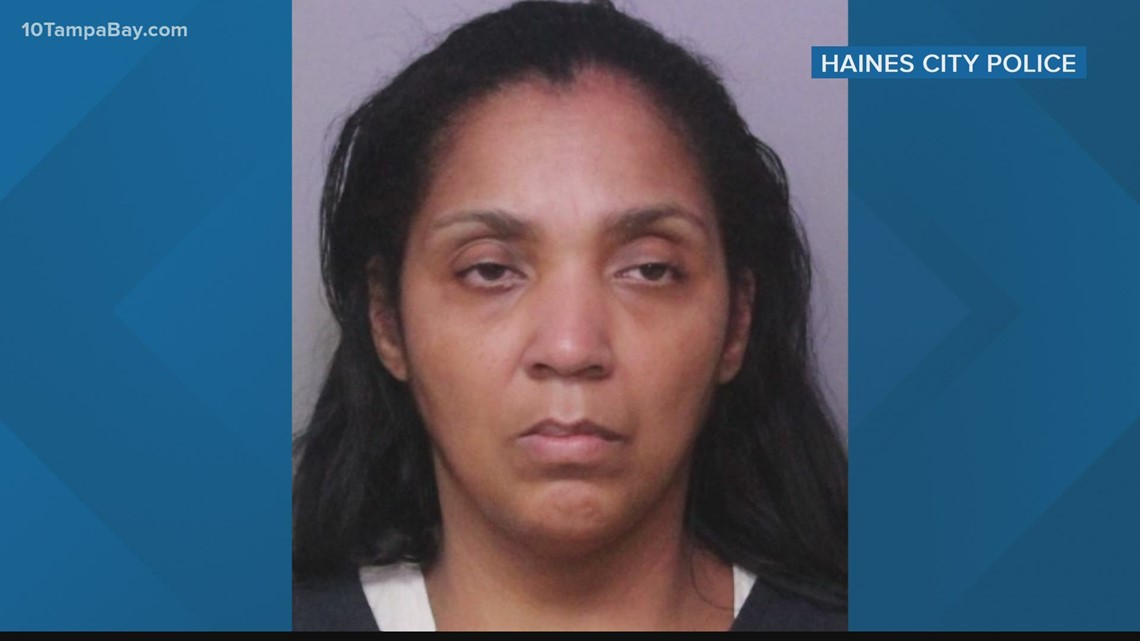 Hospital employee charged with stealing more than $900 from COVID-19 patient's wallet, police say