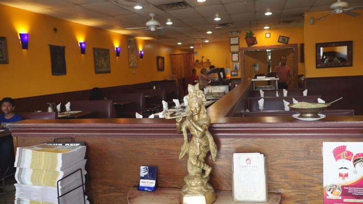 Indian restaurant written up for rodent droppings, employees not washing hands