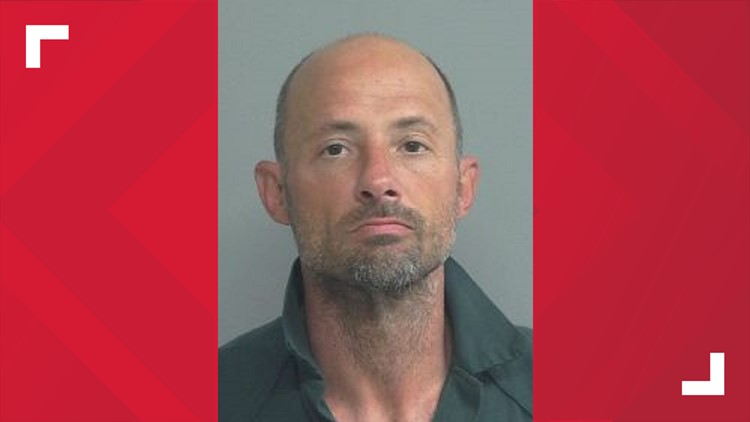 Police: Tampa man steals cop car in Wyoming, leads officers on chase