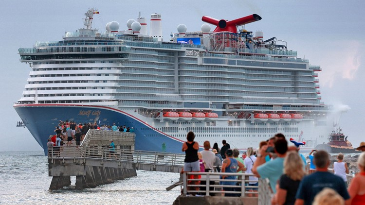 Some cruise lines vow to defy Florida's ban on proof of vaccination