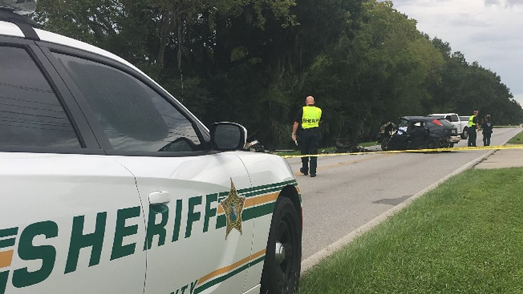 2 people killed in head-on collision in Lakeland