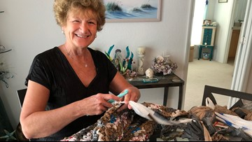 Former teaches weaves 'plarn' into mats for homeless