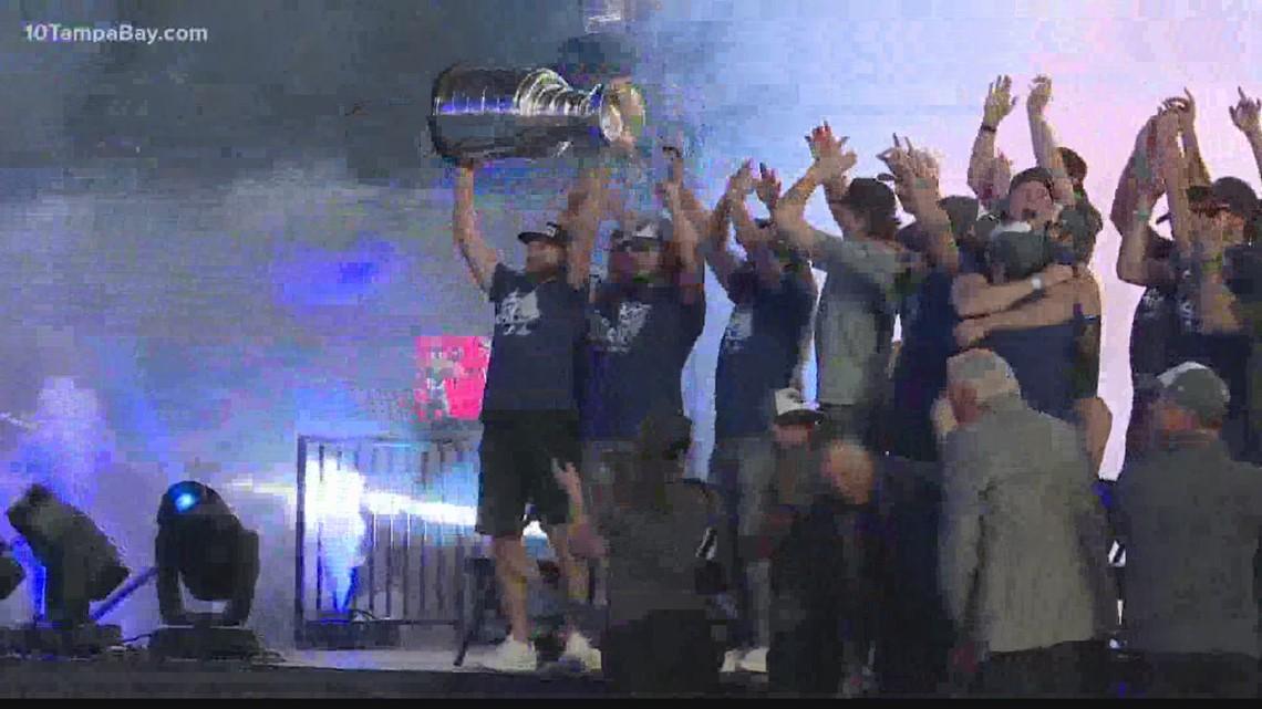 Lightning Stanley Cup fan rally