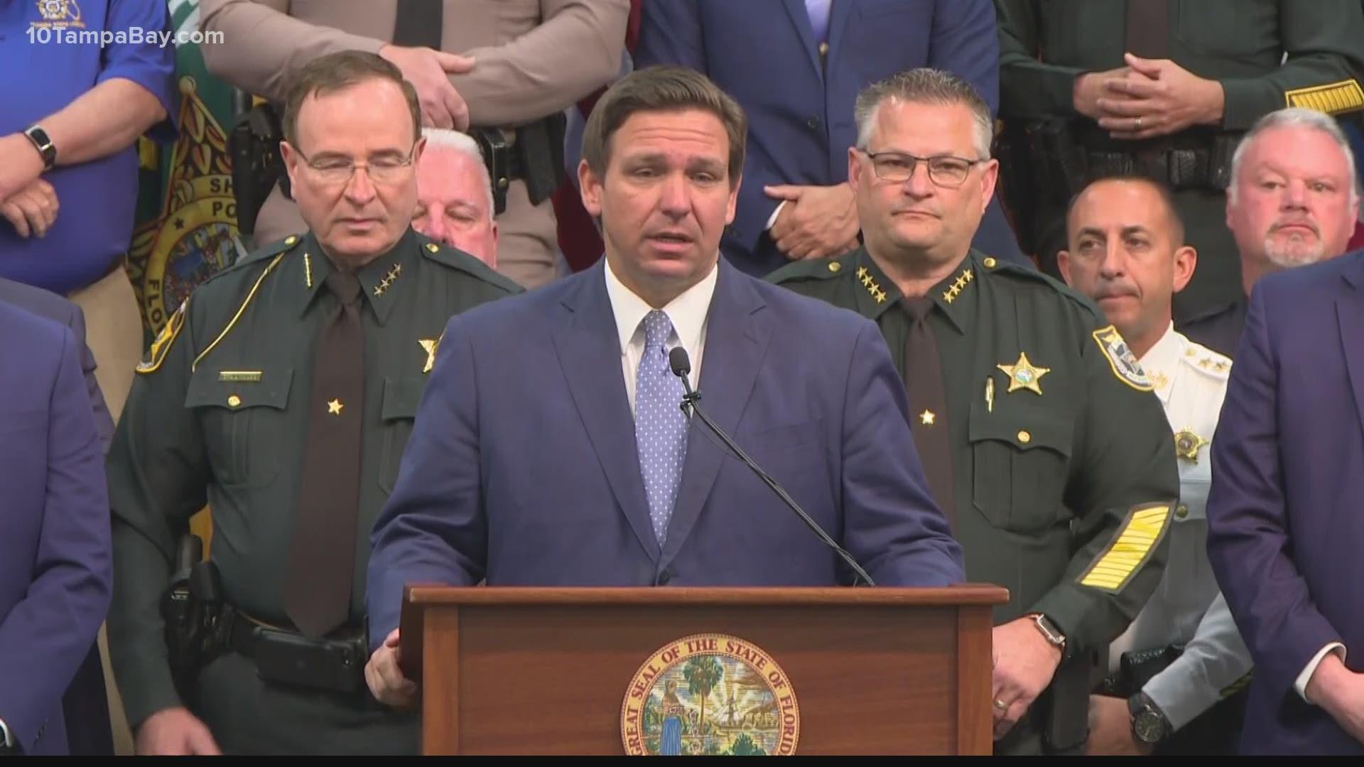 Los republicanos de Florida firman a la ley delitos contras manifestantes, críticos dicen que es inconstitucional