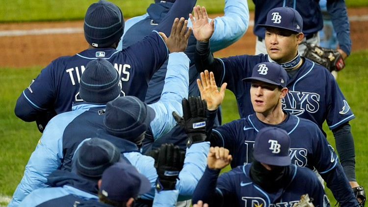 Rays nearly complete six-game road trip sweep against Yankees, Royals