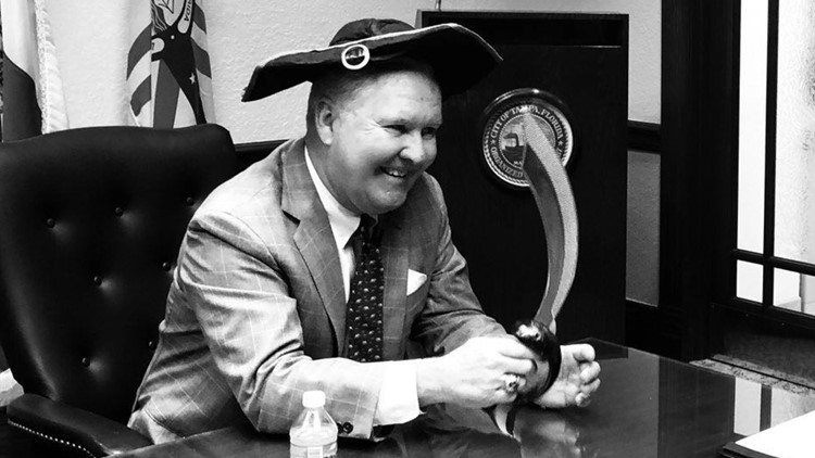'Next year, I get to be part of the problem' | Tampa Mayor Bob Buckhorn looks back on 8 years of Gasparilla