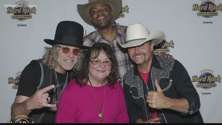 Backpack food program gets boost from country music superstars