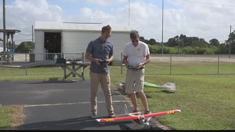 Learn to fly remote-control airplanes