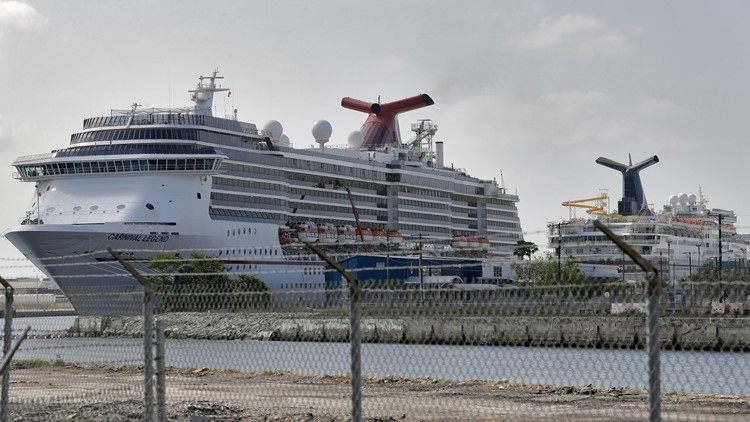 Florida, CDC at an impasse in cruise case, judge says