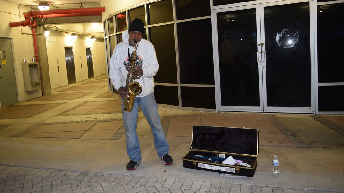 Rays to honor late saxophonist who was beloved in the community