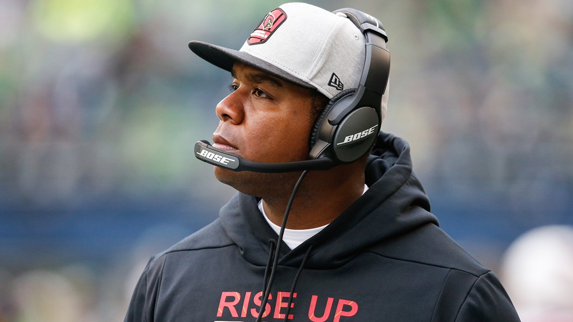 Byron Leftwich hired as Bucs offensive coordinator
