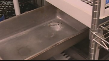 10News finds rodent droppings at Biff Burger