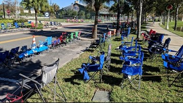Lakeland asks residents: Don't set out chairs until the day of the Christmas parade