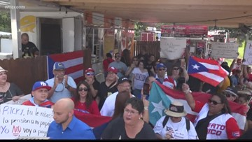 Local Puerto Ricans join calls for governor to resign