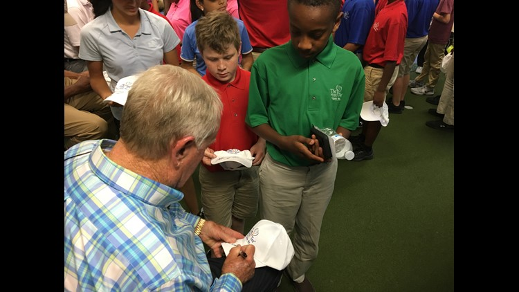 Jack Nicklaus signs autographs for First Tee students.