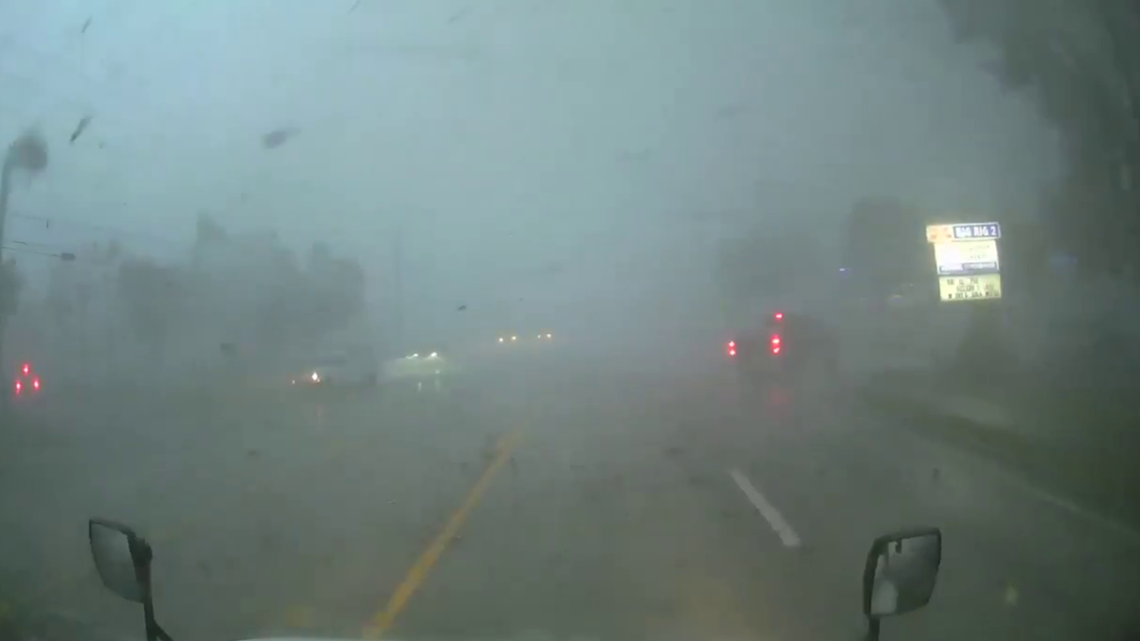 Weather service: Tornado with winds up to 115 mph rips through central Florida