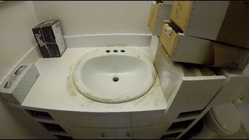 She paid a contractor to put in sinks. She was left without running water.