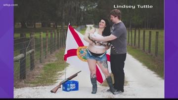 Florida woman achieves maximum Florida with maternity photo
