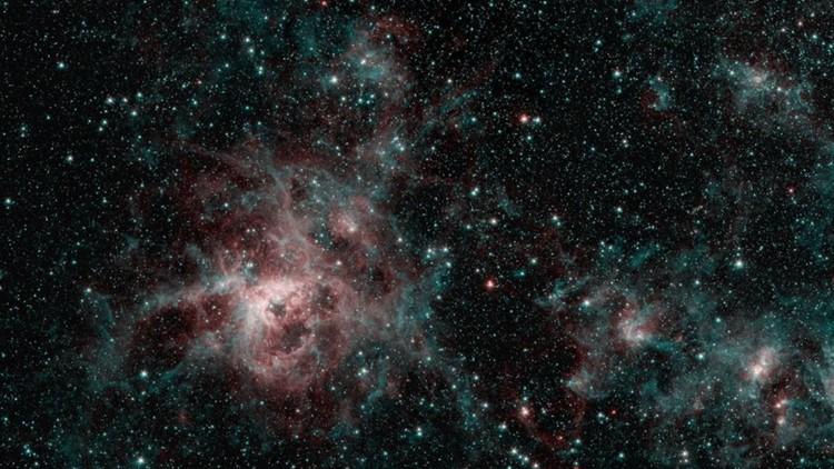 NASA spitzer telescope tarantual nebula