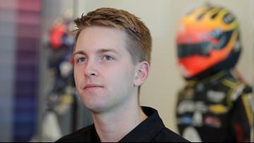 William Byron wins Daytona 500 pole, puts Hendrick up front again