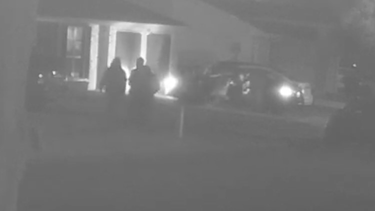 Police: Video shows mother, children carjacked at gunpoint in New Orleans