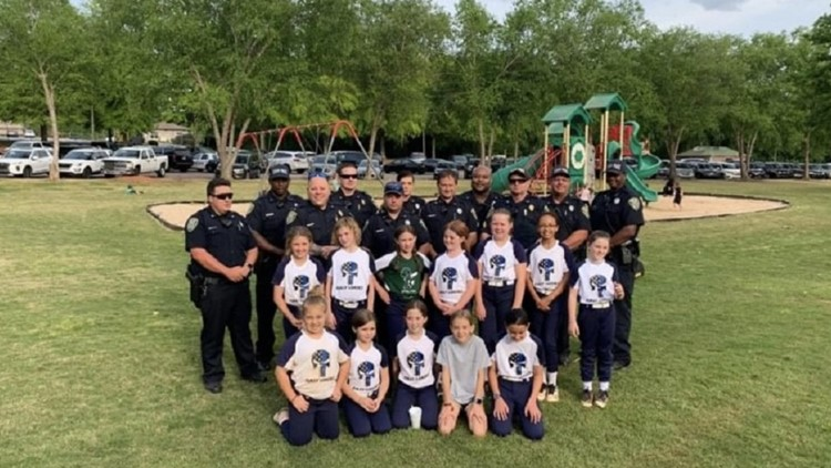 Officer honored after evacuating youth softball team before shooting