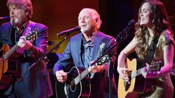 Jimmy Buffett brings tour to Tampa in December