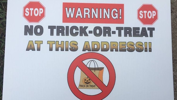Butts County Halloween Sign
